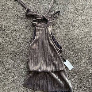 ASTR high neck top size small